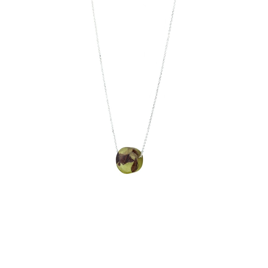 POINT OLIVE GREEN necklace